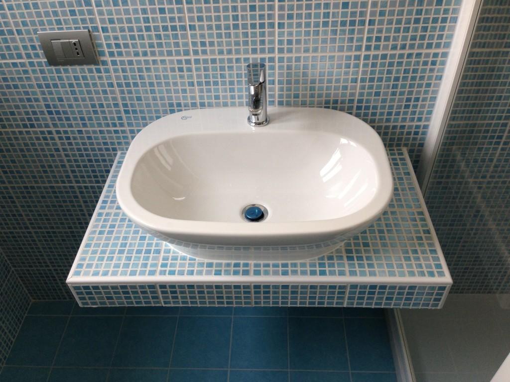 Ristrutturare bagno 3 impresa tumino blog - Ristrutturare un bagno ...